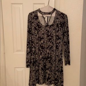 CLEARANCE: Floral swing dress